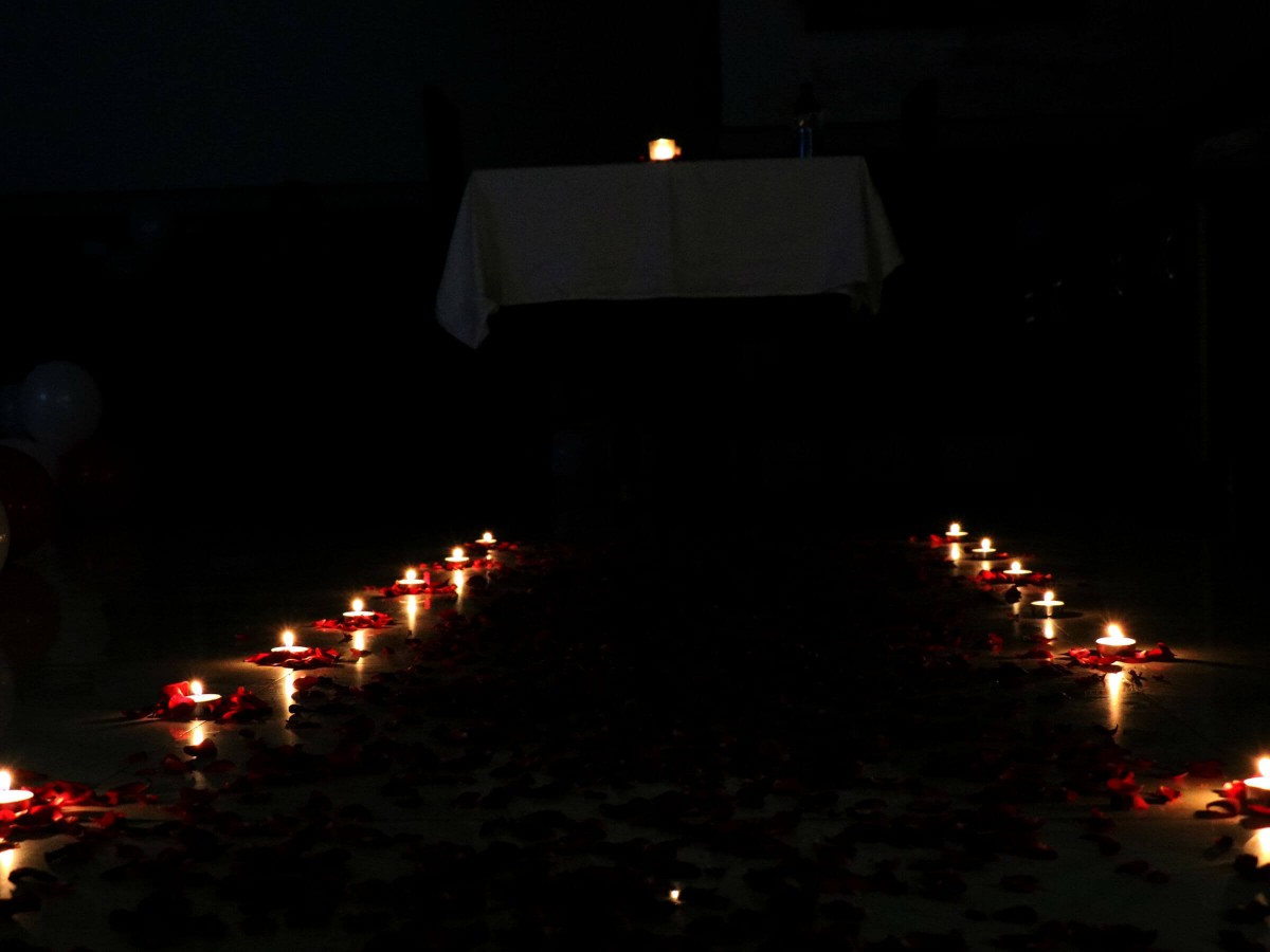 Candles Decoration in Private Dinner & Movie