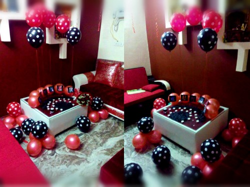 You can wish Happy Birthday to your loved one by having this Midnight Surprise decor!
