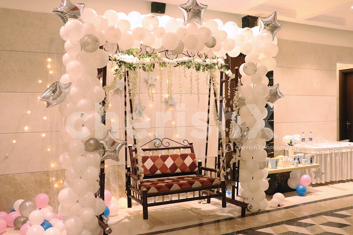 White Theme Balloon Decoration with Stars LED Backdrop