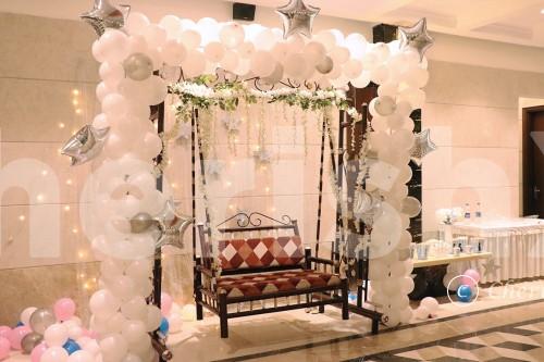White Theme Balloon Decoration with Stars LED Backdrop