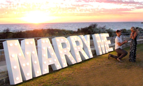 Upgrade to MARRY ME letters