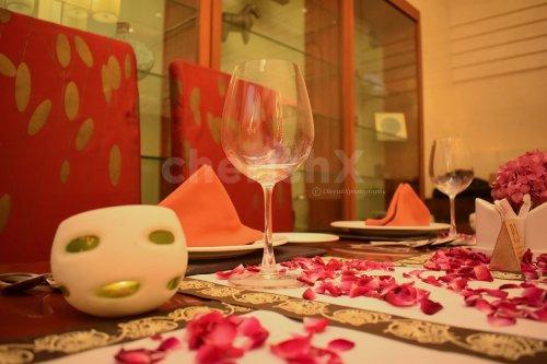 Candle Light Dinner Reservation at Taj Dwarka