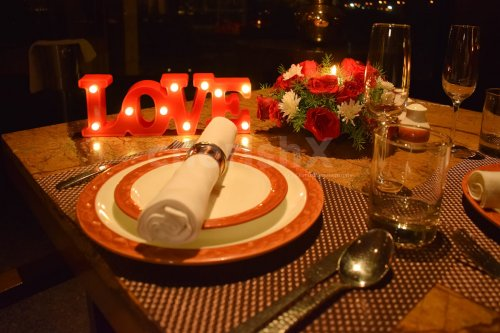 Enchanting Candlelight Dining
