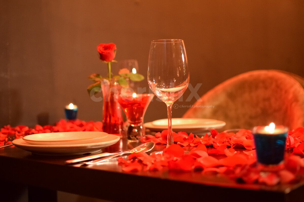 The table is especially decorated to create a romantic aura around you and your partner.