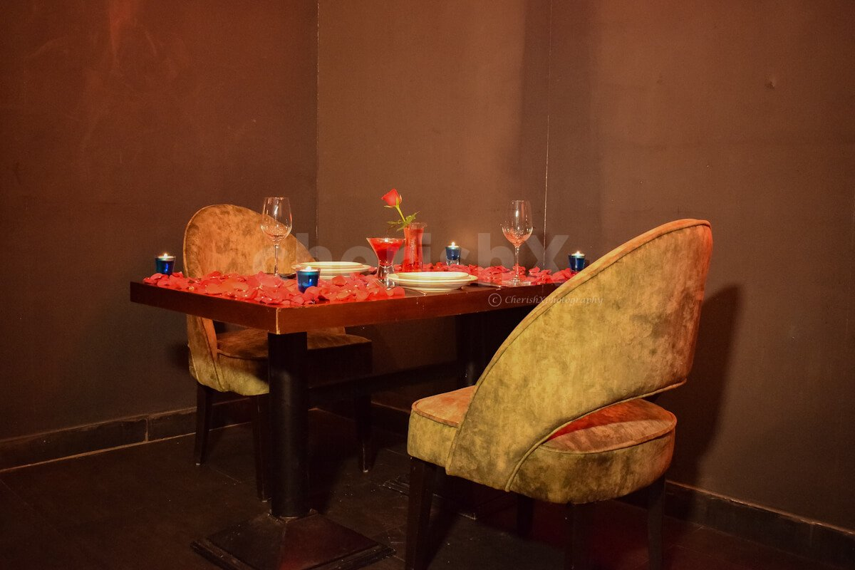 A romantic Lunch set up at Pilai for couples.