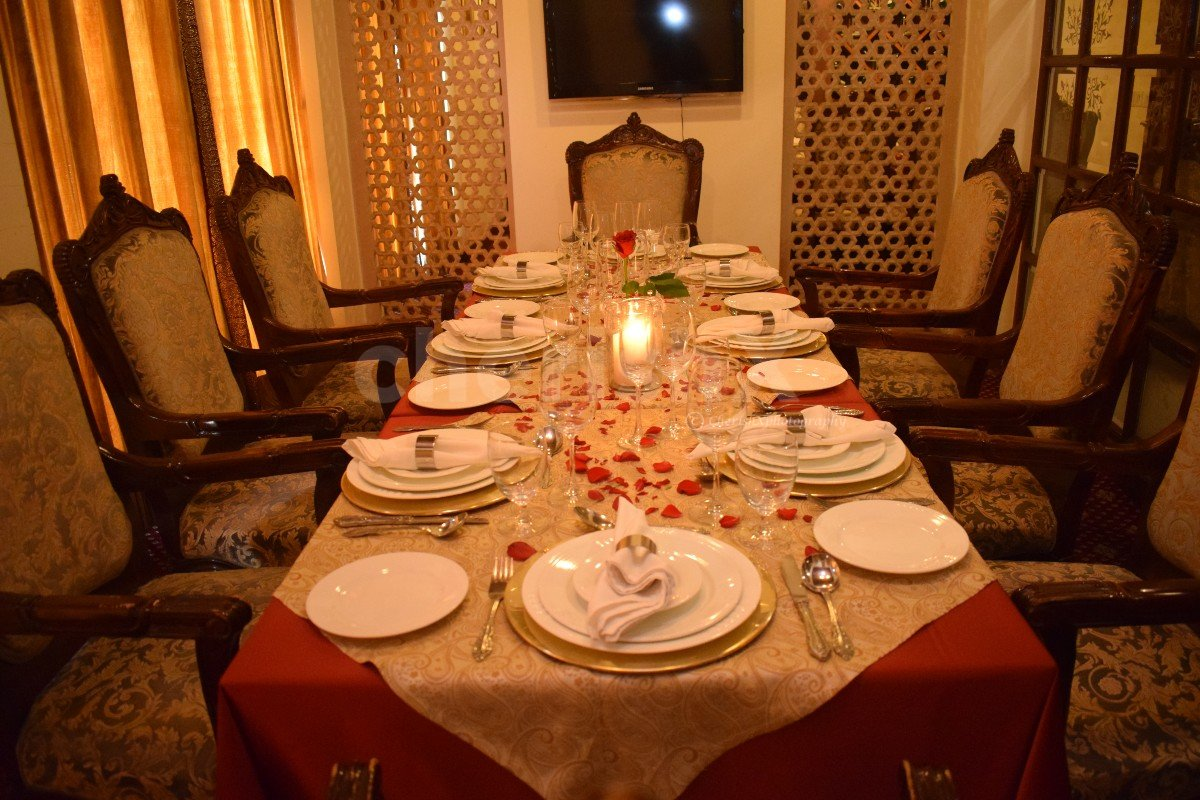 Private Family Dining