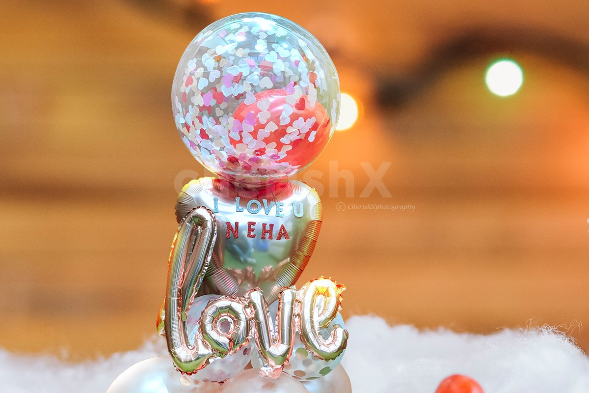 Ball of Love Centrepiece