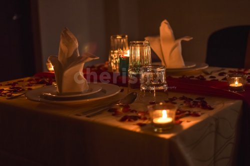 Cozy Candlelight dining