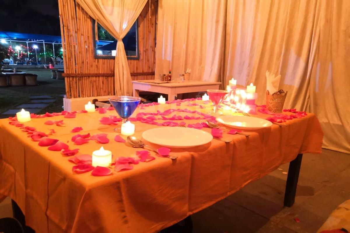 Private Dining in a Hut