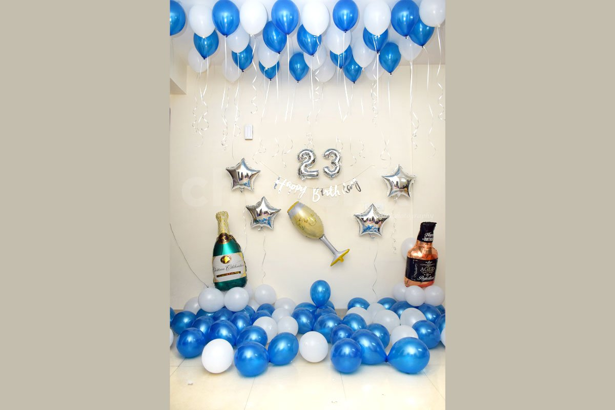 Celebrate your loved one's birthday by booking this wonderful decor.