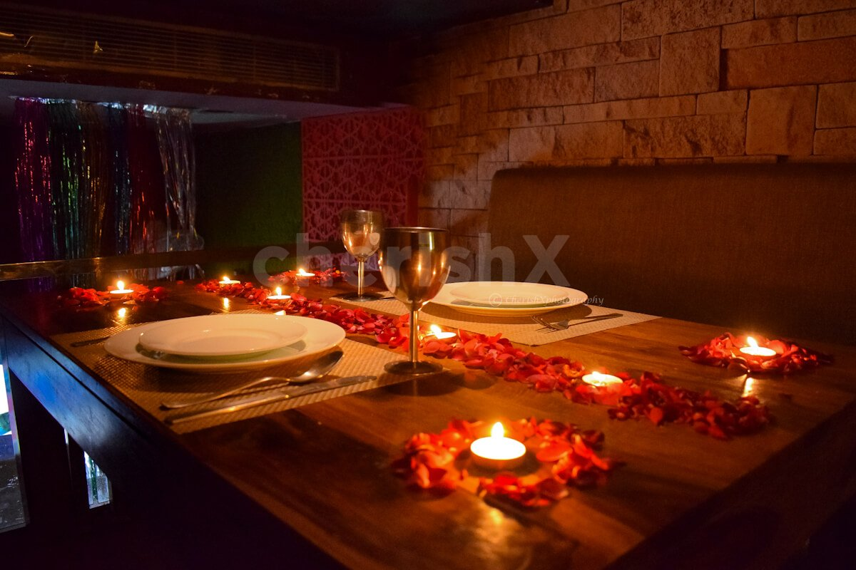 Cozy and Private Dinner with Movie