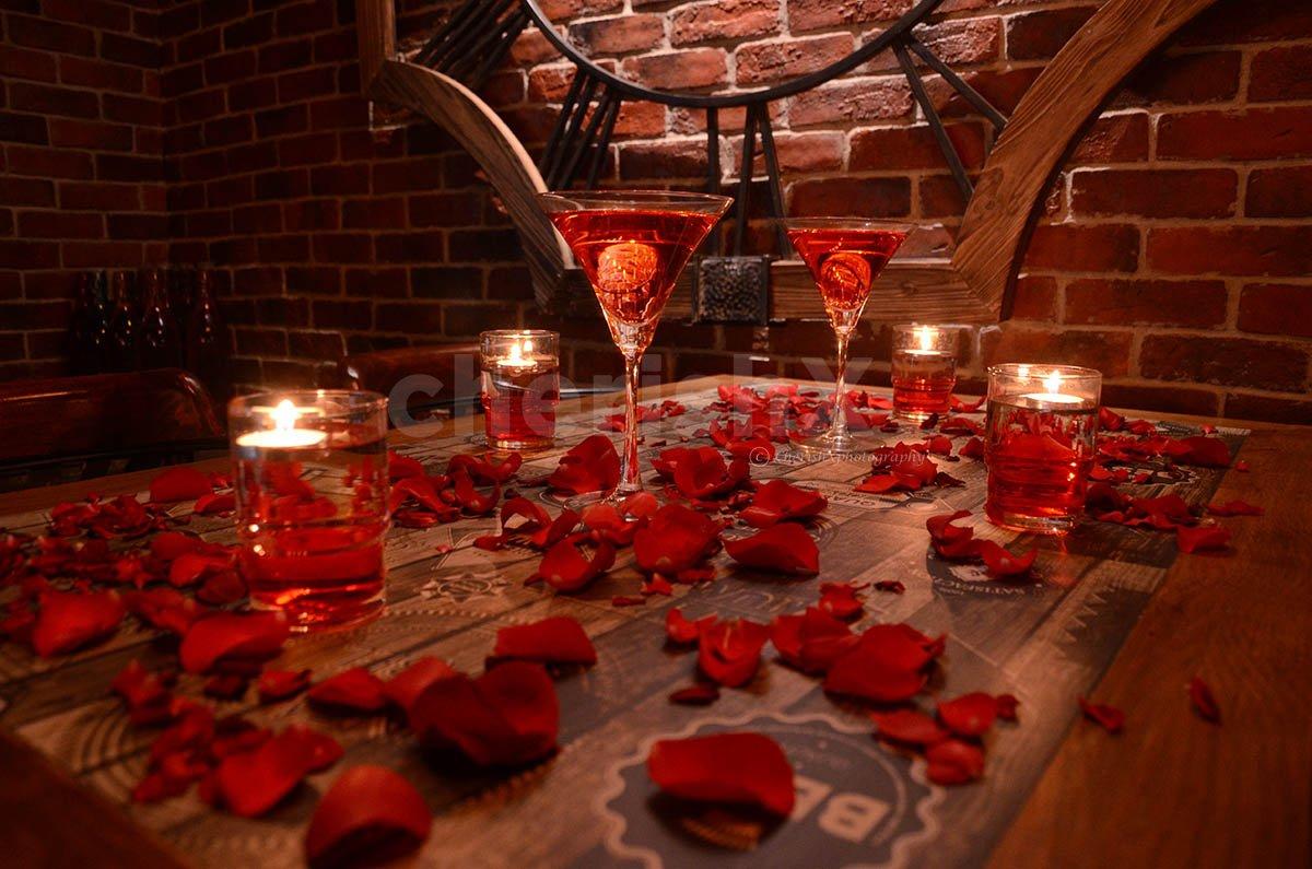 Modern Candlelight Romance