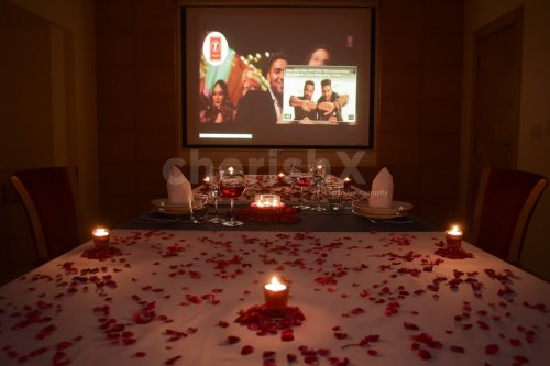 Couple's Private Movie & Dining