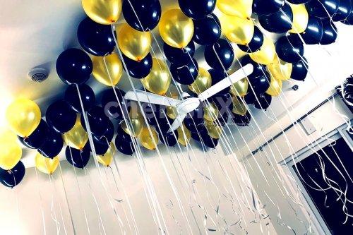 Golden and Black theme balloon decoration in Kolkata
