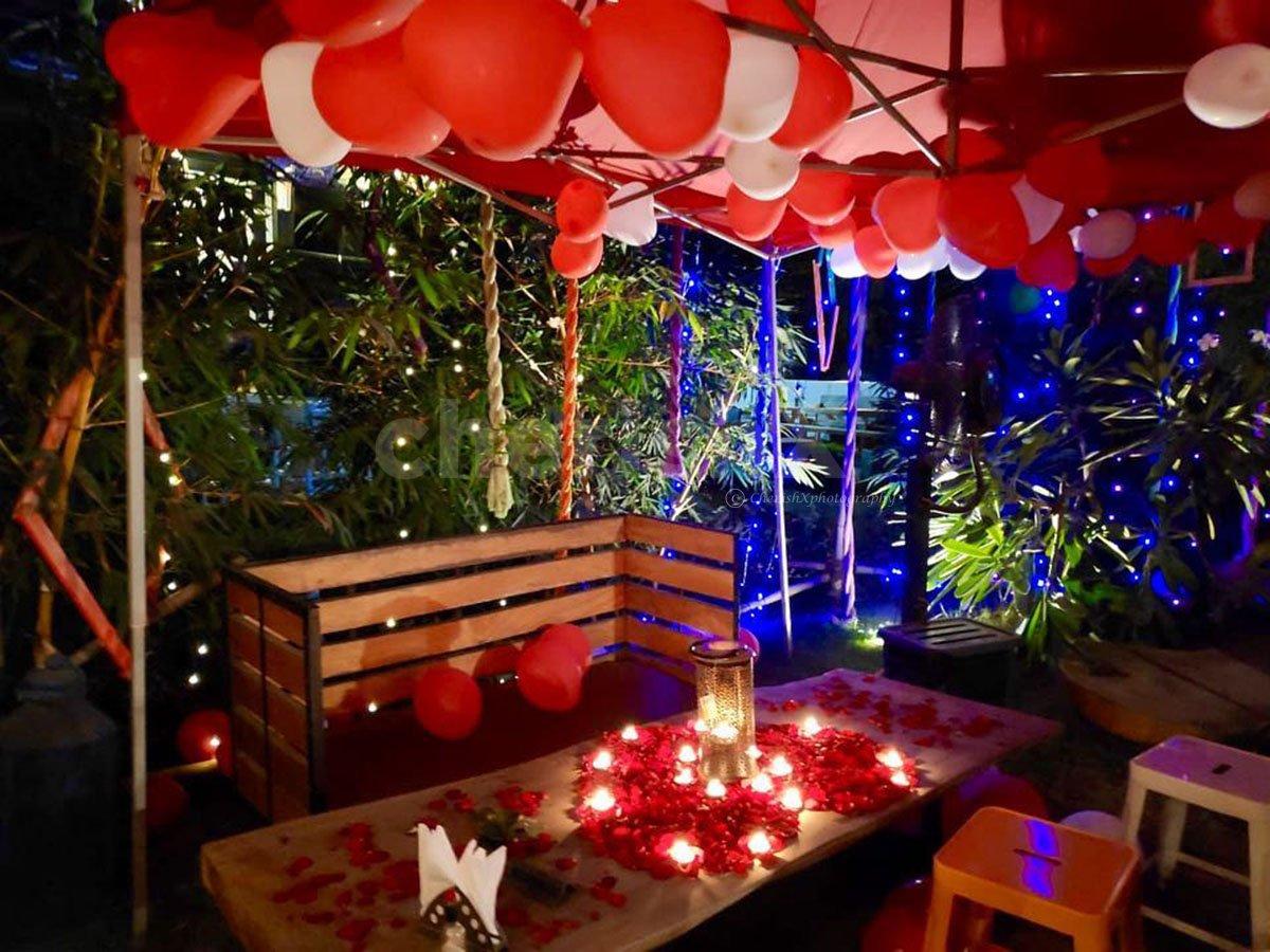 Romantic Lunch/Dinner in a Gazebo