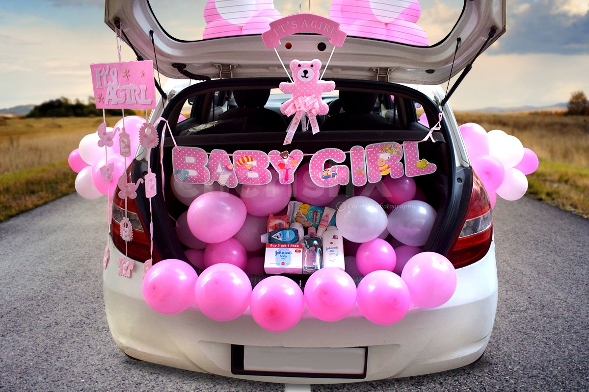 Surprise the mother-to-be with this amazing baby girl Carboot decor.