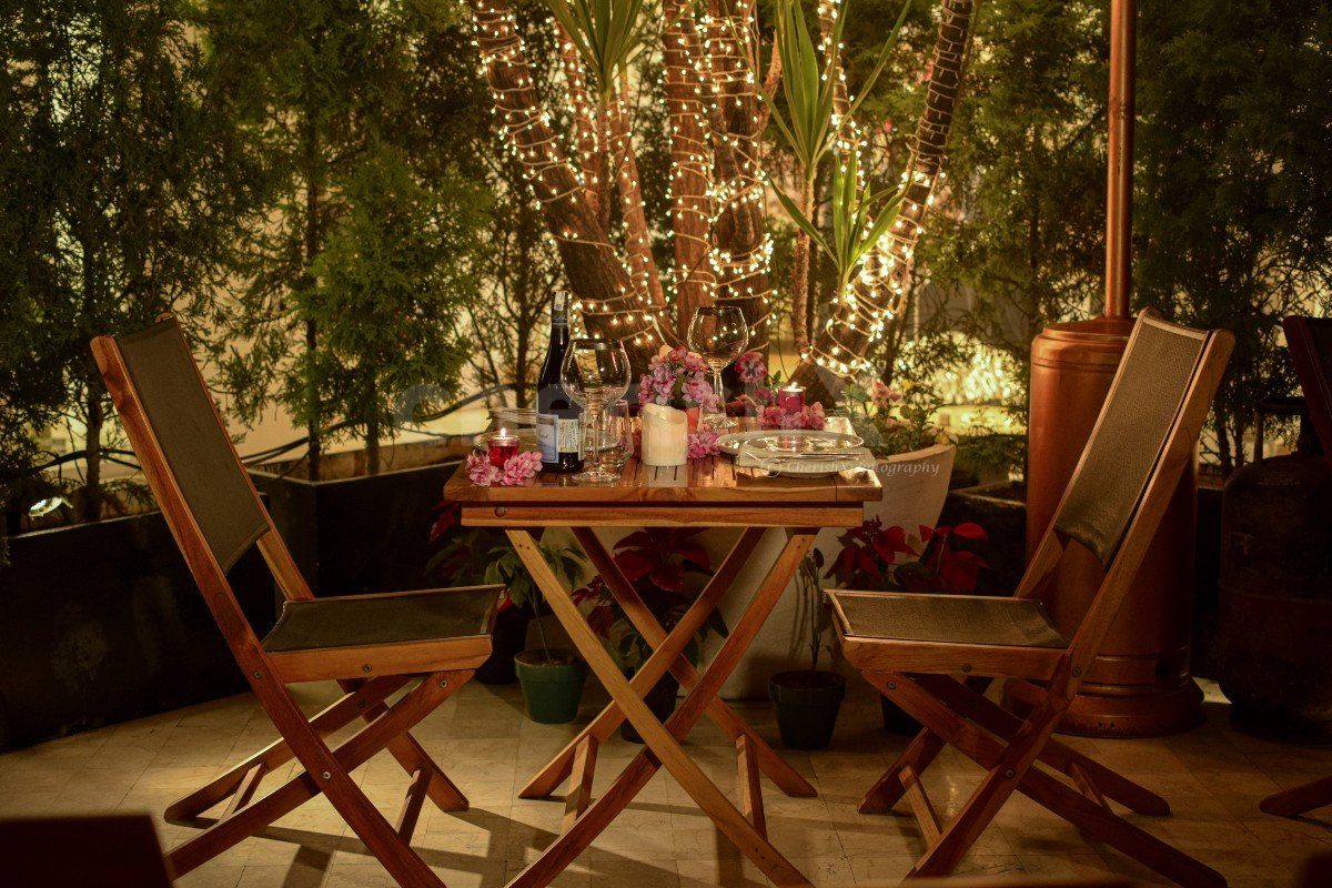 Outdoor Romantic Fine Dining at Qla