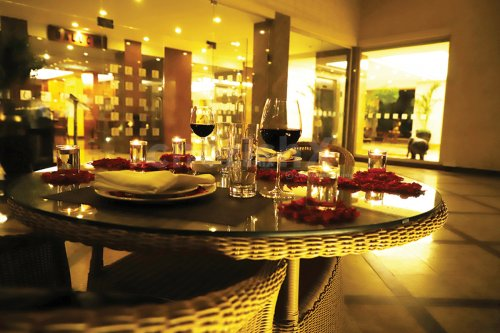Make your moments count with this beautiful Starlit Candle Light Dinner at Lalit in Bangalore.