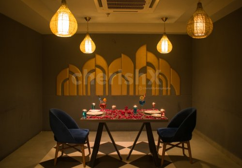 Romantic and Charming Dining