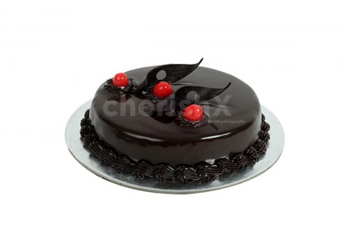 Frest Chocolate  truffle cake deliveered to your home  for your birthday