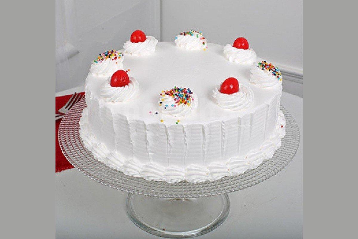 Fresh Vanilla  cake by cherishx