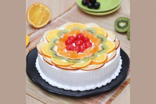 Fresh Fruit Cake (Half Kg)