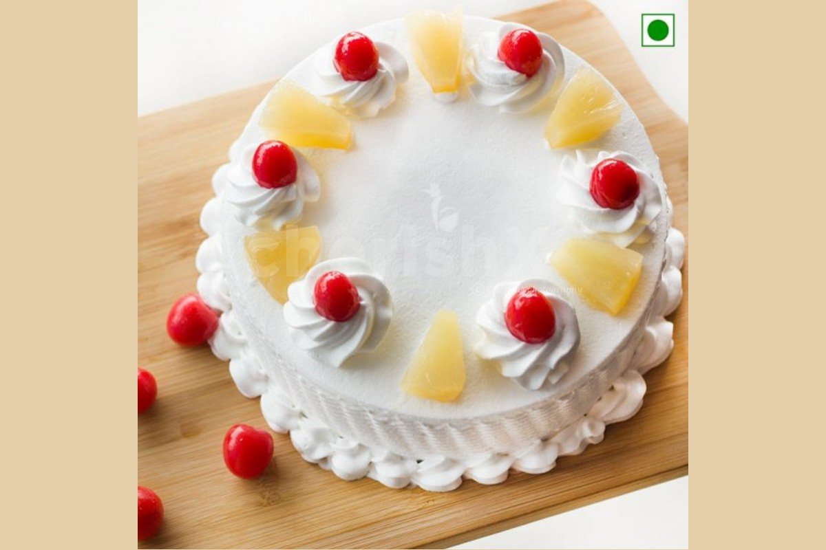 Fresh pineapple cake delivered at your doorstep