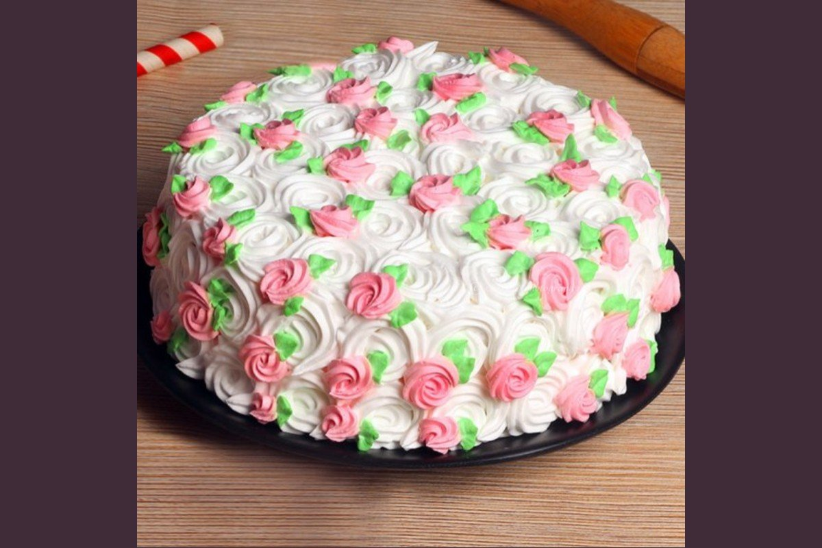 Strawberry cake by cherishx delivered to your home