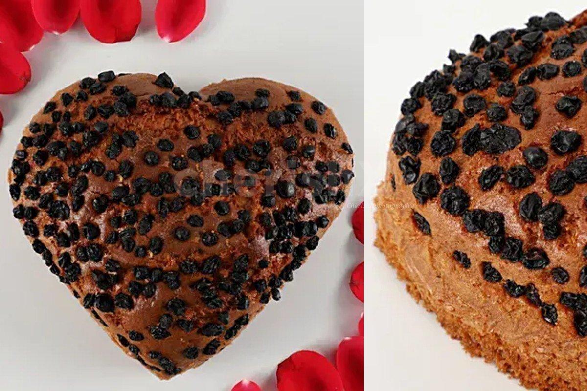 Choco chips dry cake