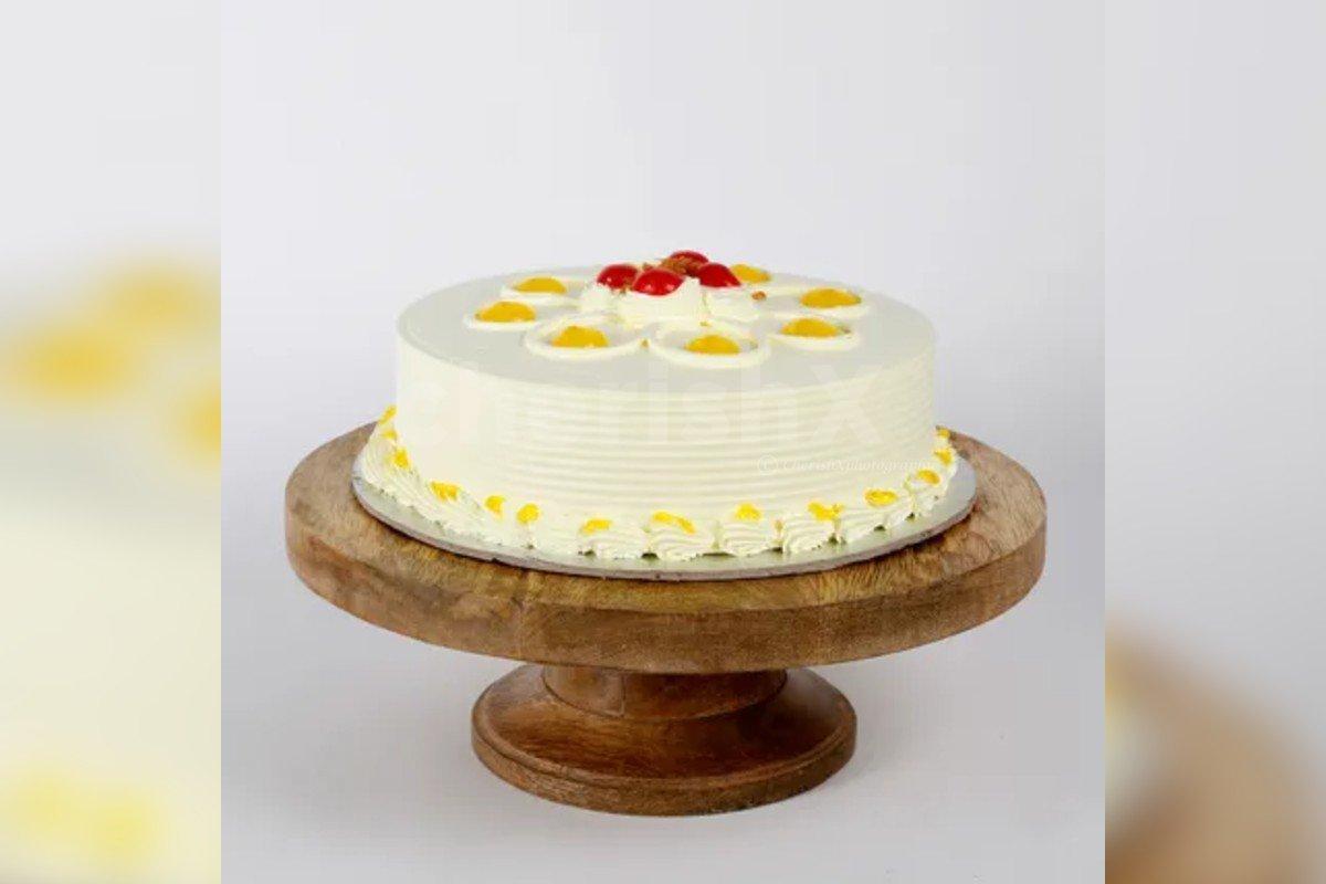 Fresh butterscotch cake by cherishx