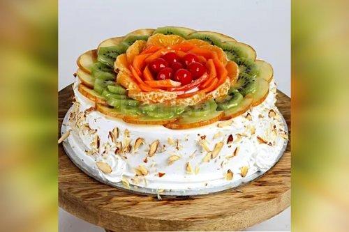 Vanilla Fruit Cake (Half Kg)