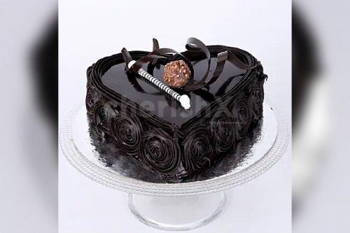 Heart- shaped Chocolate Truffle Cake