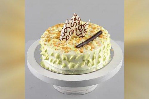 Crunchy Butterscotch Cake (Half Kg)