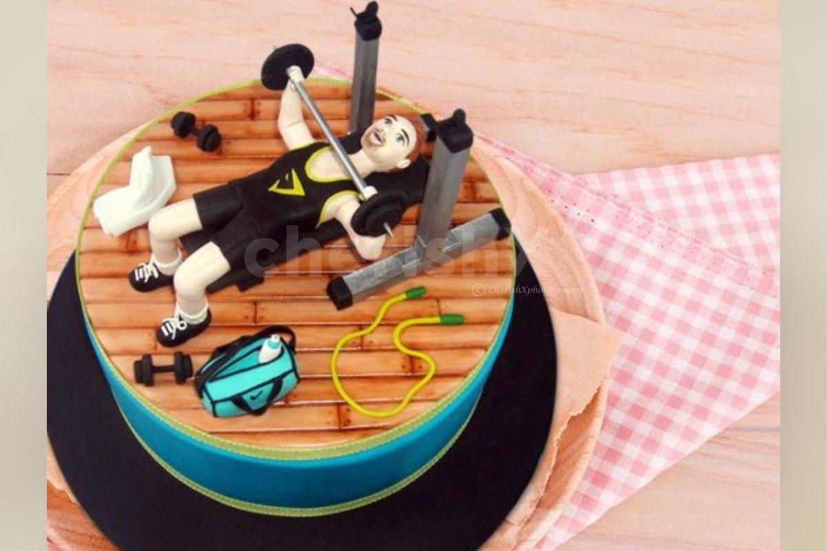 Gym love fondant designer cake