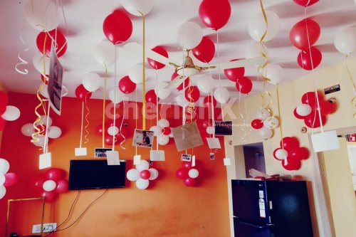 Anniversary special balloon surprise at home