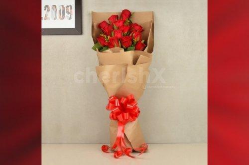 15 Red Roses Elegant Bouquet