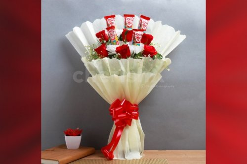 Red Roses & Kitkat Bouquet