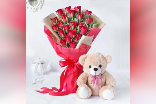 20 Red Roses Bouquet With A Teddy