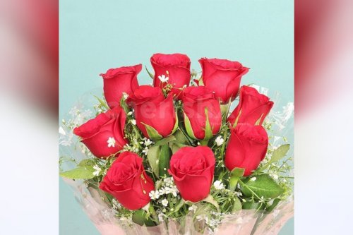 10 red roses bouquet online delivery