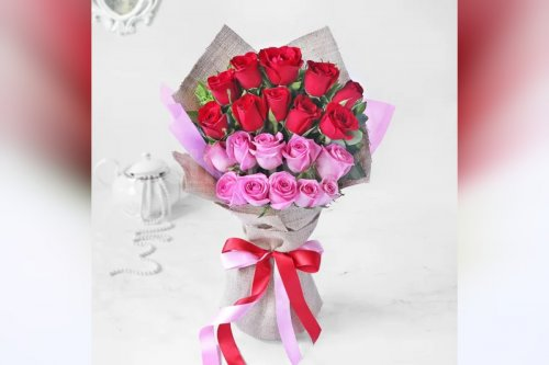 20 roses with a teddy bouquet online delivery