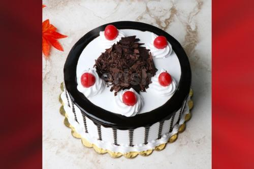 10 red rose bouquet and black forest cake home delivery