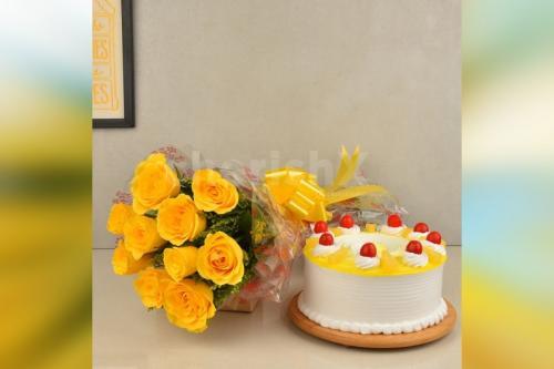 10 Yellow Roses & pineapple cake