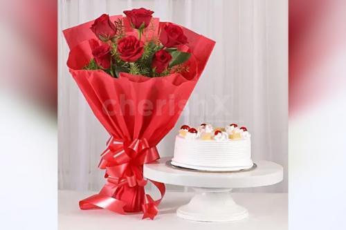 10 Red Roses & Pineapple cake