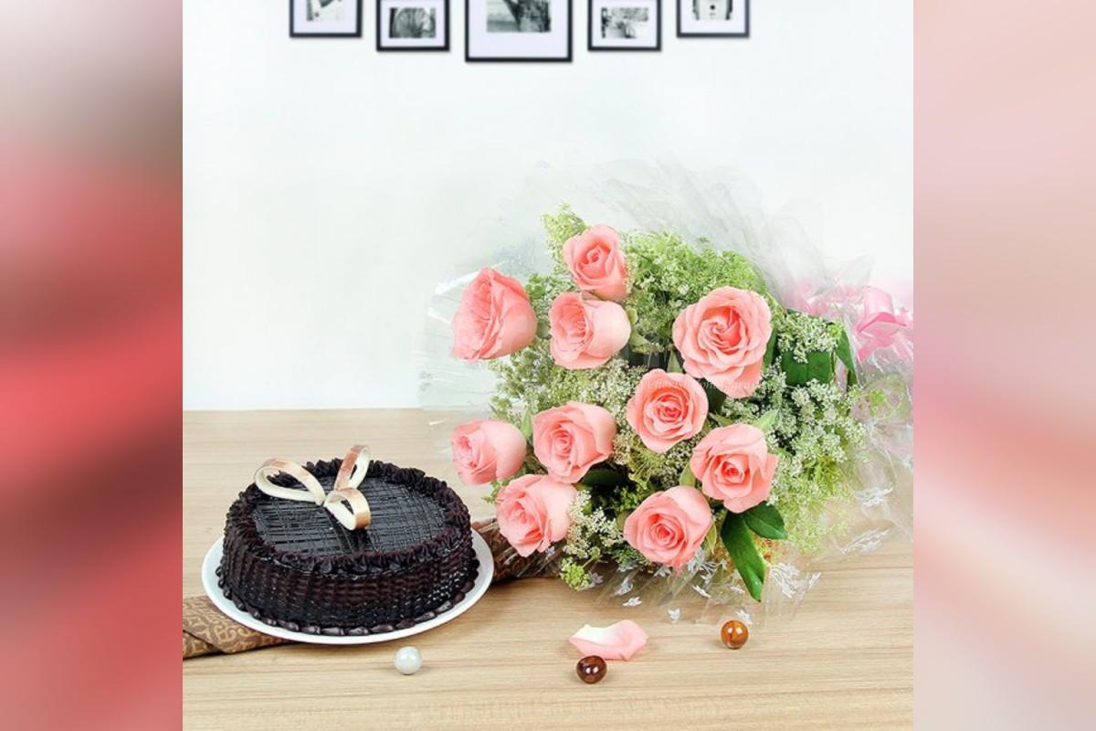 10 pink roses and chocolate truffle cake