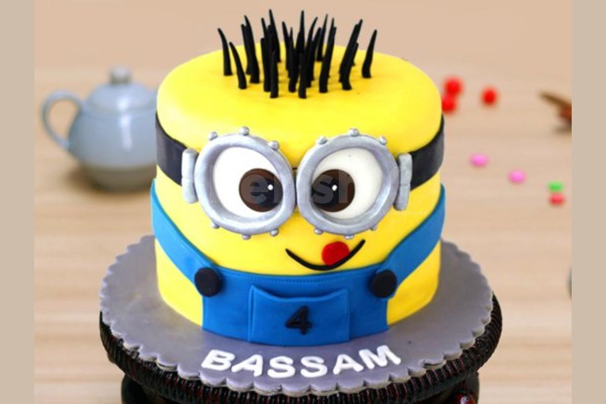 2 Kg Minion Theme Designer Cake home delivery
