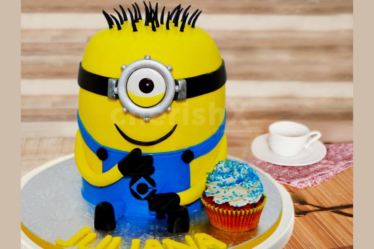 1.5 Kg Minion Theme Designer Cake online delivery