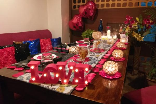 Booking online and Surprise Your partner with this Candlelight dinner at Topaz Jaipur
