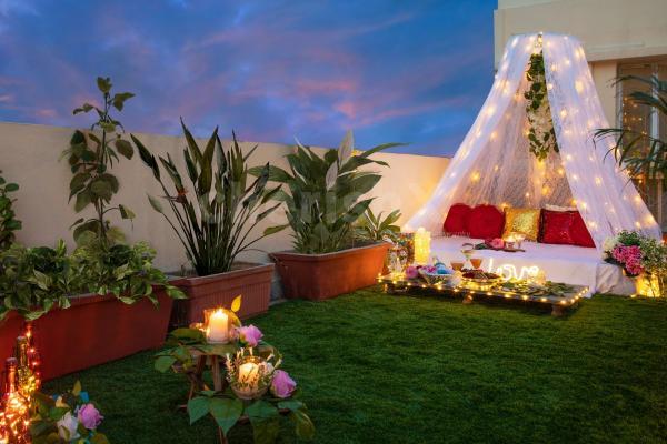 Rooftop cabana dinner