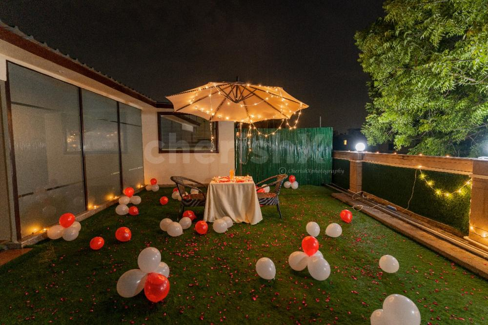 Take your partner for a private Rooftop dinner to sweep them off their feet