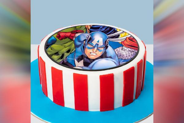 Captain America Photo Fondant Cake
